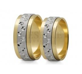 Bogato zdobione dwukolorowe obrączki ślubne ze złota z fantazyjnym wzorem