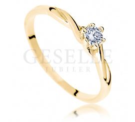 Złoty splot i brylant o masie 0.10 ct - kobiecy pierścionek zaręczynowy