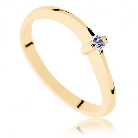Fantazyjny pierścionek zaręczynowy ze złota - delikatna szyna i brylant o masie 0.05 ct w białej oprawie