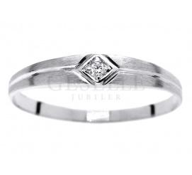 Pierścionek zaręczynowy - białe złoto i brylant 0,01 karata z kolekcji Delikatnej