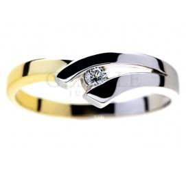 Ciekawy pierścionek z białego i żółtego złota pr. 585 z brylantem 0,05 ct - modny wzór na oświadczyny