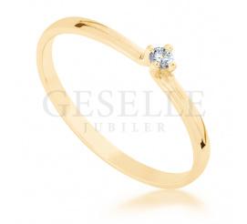 Subtelny pierścionek z żółtego złota z brylantem 0,04 ct - idealny na romantyczne oświadczyny