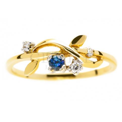 Kobiecy pierścionek zaręczynowy z szafirem i trzema brylantami 0.07 ct - kwiatowy wzór dla ukochanej