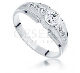 Niezwykły pierścionek z białego złota z brylantami 0.25 ct SI/H pr. 585
