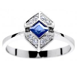 Szlachetny pierścionek z białego złota w oryginalnym kształcie kwadratu w otoczeniu wiecznych brylantów 0.08 ct