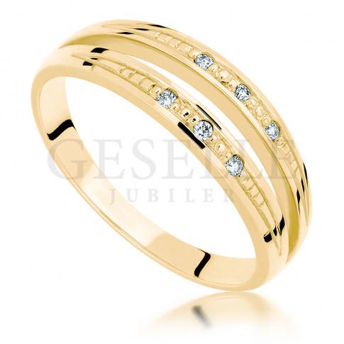 Niespotykany, podwójny złoty pierścionek zaręczynowy z 6 brylantami o masie 0.06 ct