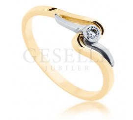 Subtelny i romantyczny pierścionek z białego i żółtego złota z brylantem 0,05 ct