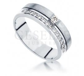 Elegancki pierścionek zaręczynowy z 15 brylantami o masie 0,21 ct