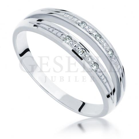 Ciekawy, podwójny pierścionek z białego złota z brylantami 0.06 ct