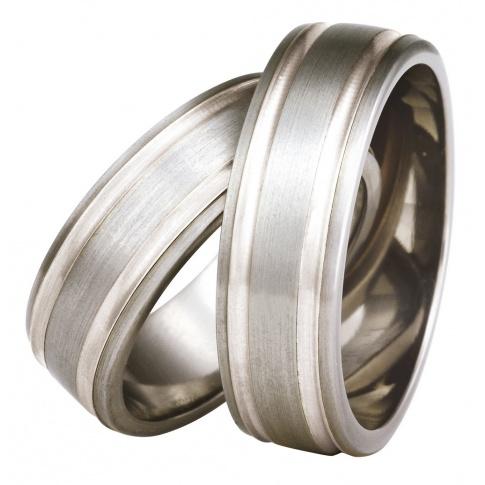 Obrączki ślubne z lekkiego tytanu i pełnego blasku srebra