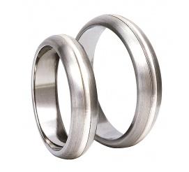 Popularny komplet obrączek ślubnych z antyalergicznego tytanu i pełnego blasku srebra