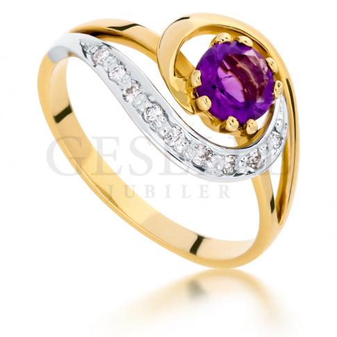 Wyjątkowy, złoty pierścionek z fioletowym ametystem i brylantami o masie 0.09 ct