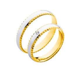 Niezwykłe obrączki ślubne z białego i żółtego złota 14K z ozdobną, grawerowaną krawędzią i cyrkonią Swarovski ELEMENTS