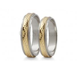 Fantazyjne obrączki ślubne z dwóch kolorów złota z ozdobną szyną