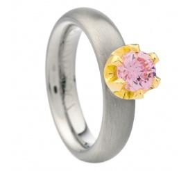 Nowoczesny pierścionek zaręczynowy z tytanu i żółtego złota z różową cyrkonią