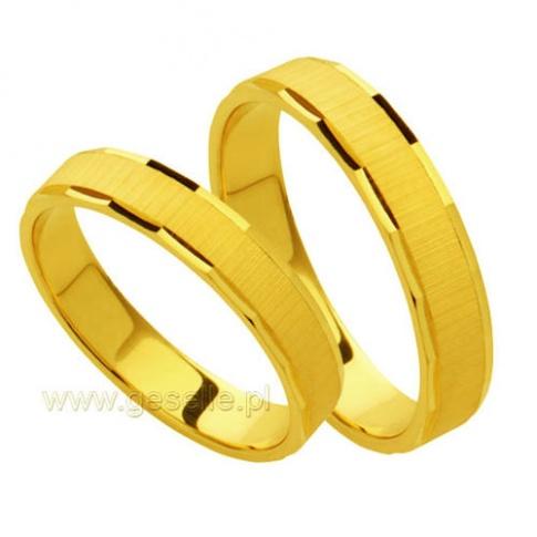 Kolekcja Forever - delikatne obrączki z żółtego kruszcu z ozdobną krawędzią