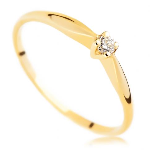 Subtelny, kobiecy pierścionek - klasyczny wzór z brylantem 0.05 ct na zaręczyny