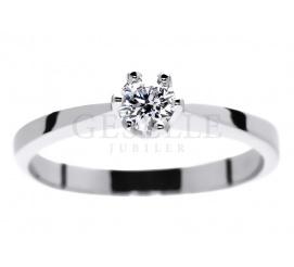Jedyny taki, pierścionek zaręczynowy z białego złota z brylantem 0.30 ct