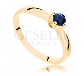 Niepowtarzalny, złoty pierścionek zaręczynowy z szafirem