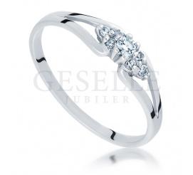 Subtelny pierścionek na oświadczyny z białego złota z brylantami 0.11 ct