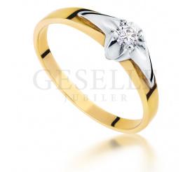 Nowoczesny pierścionek zaręczynowy z żółtego i białego złota pr. 585 z brylantem o masie 0.11 ct