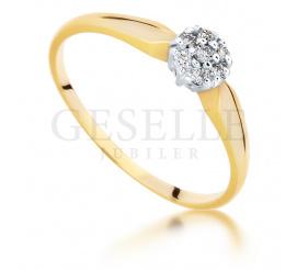 Romantyczny, złoty pierścionek zaręczynowy z 7 brylantami w kwiatowej oprawie