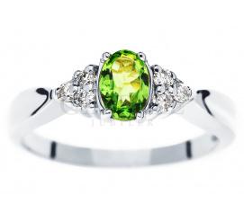 Wyjątkowy pierścionek z białego złota z energetycznym tsavoritem i brylantami o łącznej masie 0.09 ct