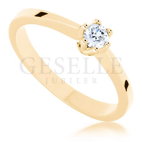 Ponadczasowy pierścionek zaręczynowy - z brylantem 0.15 ct - klasyka, która nie wychodzi z mody