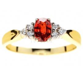 Oryginalny pierścionek ze złota 14K z brylantami i czerwonym szafirem idealny na romantyczne zaręczyny