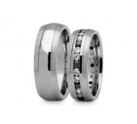 Wyjątkowa para obrączek ślubnych z białego złota pr. 585 z eleganckimi cyrkoniami Swarovski ELEMENTS