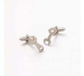 Zabawne spinki do mankietów w kształcie narzędzi idealne na prezent dla mechanika i majsterkowicza!