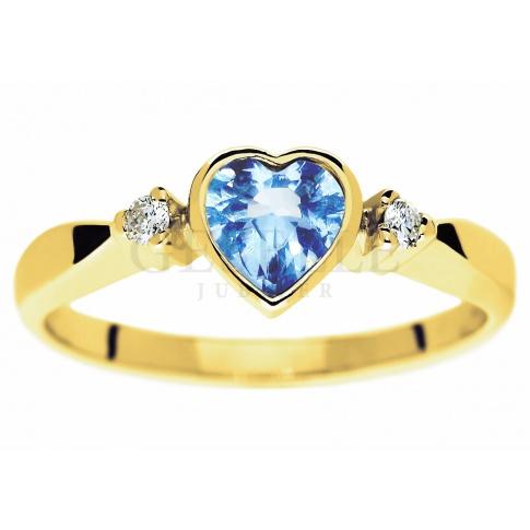 Złoty Pierścionek Zaręczynowy Z Kamieniem W Kształcie Serca