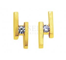 Urzekające blaskiem brylantu złote kolczyki próby 585 z duetem kamieni o łącznej masie 0,10 ct