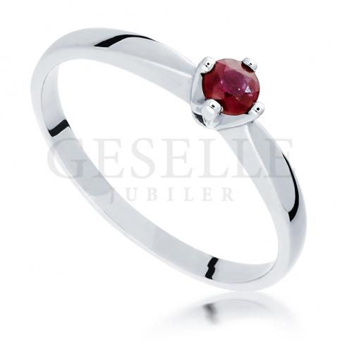 Klasyczny Pierścionek Zaręczynowy Z Czerwonym Rubinem Białe Złoto