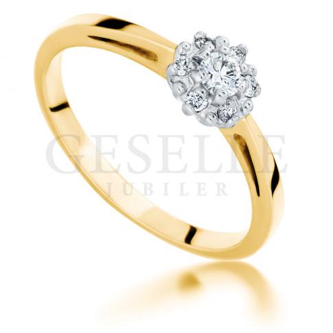 Urzekający pierścionek na zaręczyny - złoto, siedem brylantów, romantyczny kształt kwiatu