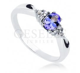 Unikatowy, złoty pierścionek zaręczynowy z tanzanitem i brylantami o łącznej masie 0,09 ct