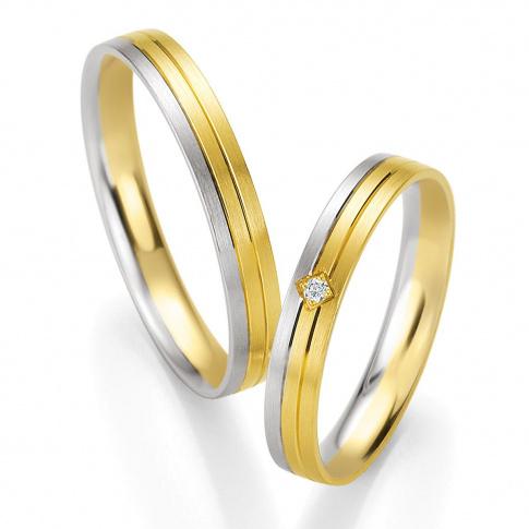 Klasyczna para dwukolorowych obrączek ślubnych - białe i żółte złoto - dwie ozdobne linie i brylant w kwadratowej oprawie