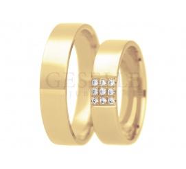 Tradycyjny komplet złotych obrączek ślubnych z cyrkoniami Swarovskiego lub brylantami oprawionymi w kwadracie