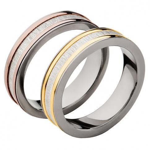 Klasyczna para obrączek ślubnych z tytanu z ozdobnymi bokami z złota