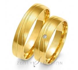 Klasyczna para obrączek ślubnych z żółtego złota z ozdobnymi liniami z cyrkonią Swarovski Elements lub brylantem - szerokość 5 mm