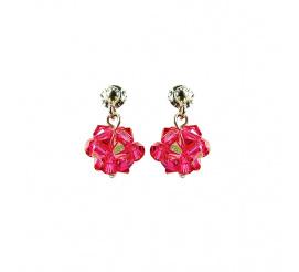 Pełen blasku duet kolczyków z kryształami Swarovski ELEMENTS w odcieniu Indian Pink z kolekcji Casual