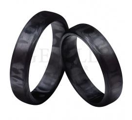 Obrączki ślubne stworzone z włókna węglowego - karbonu o klasycznym profilu ze ściętymi brzegami