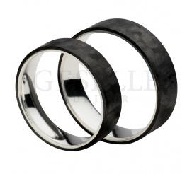 Para obrączek ślubnych o unikalnym połączeniu nowoczesnego, czarnego karbonu z szlachetnym srebrem w próbie 925