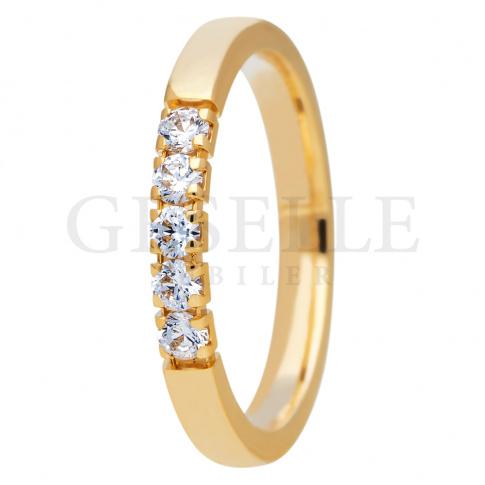 Bogato zdobiony pierścionek z żółtego złota 585 z brylantami - pomysł na prezent z kolekcji ESSENCE II