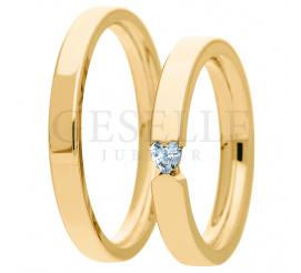 Niepowtarzalne obrączki ślubne z żółtego złota próby 585 - wyjatkowy kamień w kształcie serca