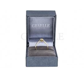 Pełen blasku pierścionek zaręczynowy z wyjątkowym brylantem o masie 0.20 ct