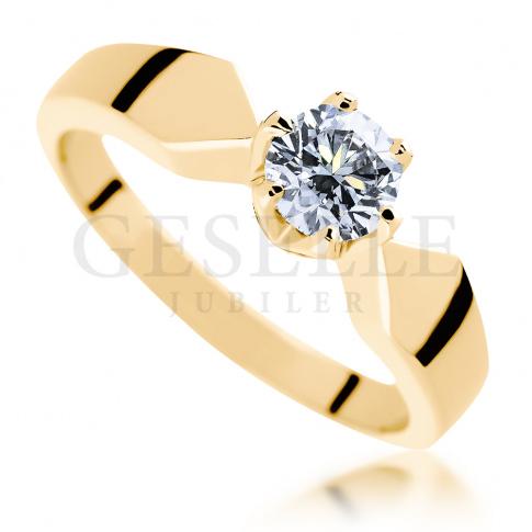 Unikatowy pierścionek z brylantem 0.50 ct z żółtego złota - ponadczasowego piękno dla Niej