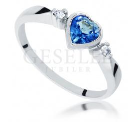 Retro pierścionek zaręczynowy z szafirem w kształcie serca i brylantami - Symbol Miłości