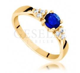Złoty pierścionek zaręczynowy w Romantycznym Stylu - brylanty i szafir naturalny