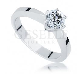 Ekskluzywny pierścionek z białego złota z wiecznym brylantem 0,70 ct - idealny na zaręczyny